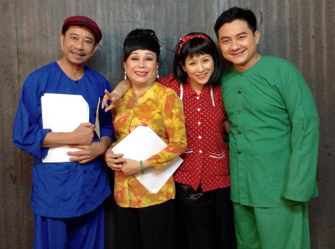 NS Kiều Mai Lý và các nghệ sĩ hài: Bảo Chung, Kiều Linh, Anh Vũ