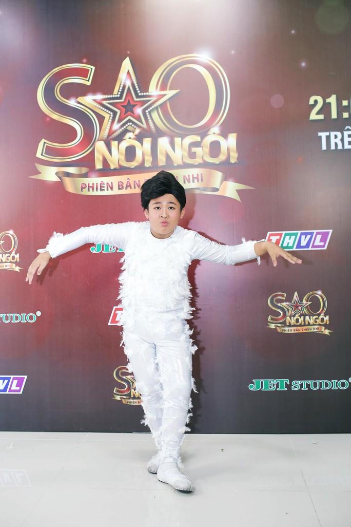 Cô Cám Bào Ngư tái hiện Bống bống bang bang phiên bản nhí siêu đáng yêu - Ảnh 1.