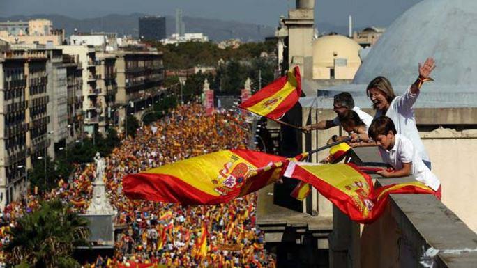 Lời giải nào cho Catalonia? - Ảnh 1.