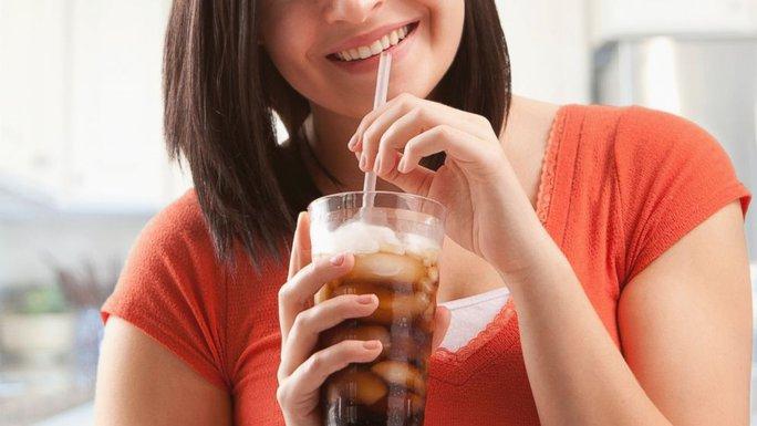 Đồ uống giảm cân có thể phá hoại cơ thể bạn - Ảnh 1.
