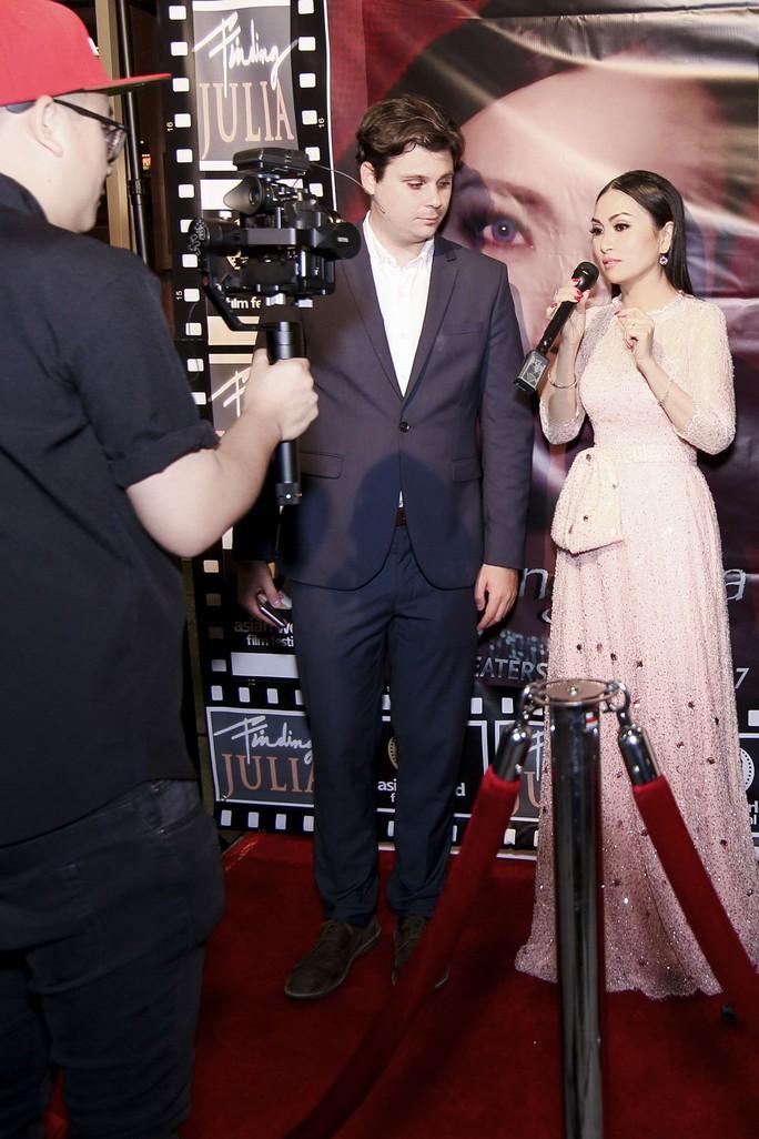 Angelina Jolie sẽ làm phim liên quan đến Việt Nam - Ảnh 5.