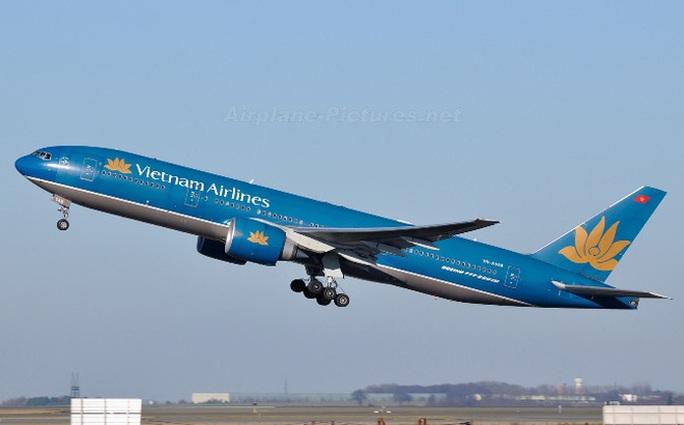 Một máy bay Vietnam Airlines đang trong quá trình hạ cánh - Ảnh minh họa
