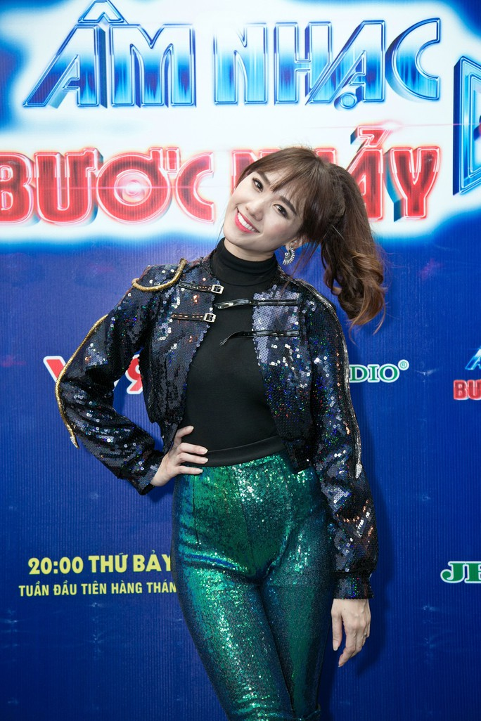 Hari Won, Phương Trinh Jolie khuấy động Âm nhạc & Bước nhảy tháng 6 - Ảnh 2.