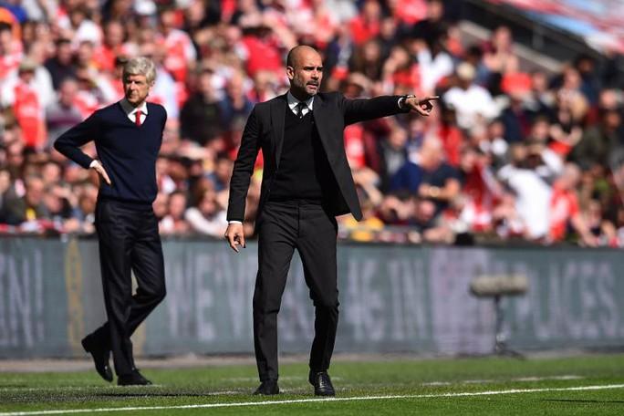 Wenger: Trọng tài Premier League ngày càng dở - Ảnh 2.