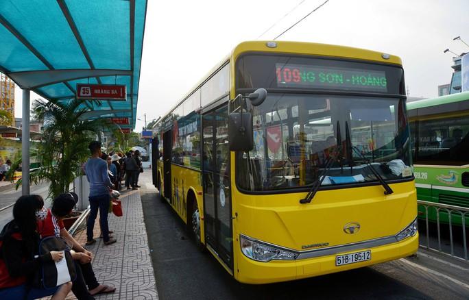 Bắt đầu thay máu xe buýt ở TP HCM - Ảnh 2.