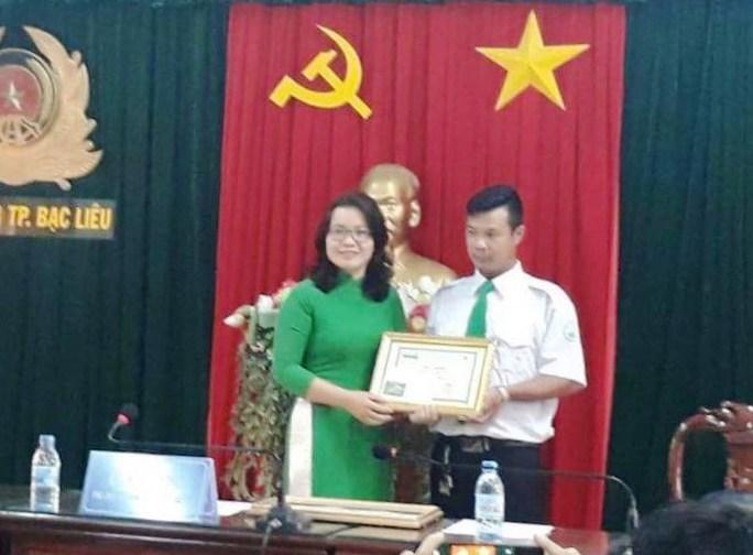 """Tài xế Mai Linh giúp thai phụ """"vượt cạn"""" trên taxi - Ảnh 1."""