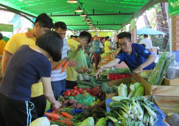 Chợ phiên nông sản cho thị dân - Ảnh 1.