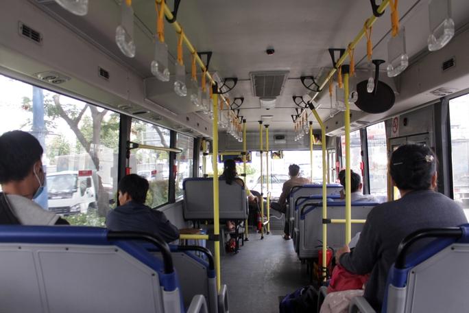 Xe buýt phải là phương tiện chủ lực - Ảnh 1.