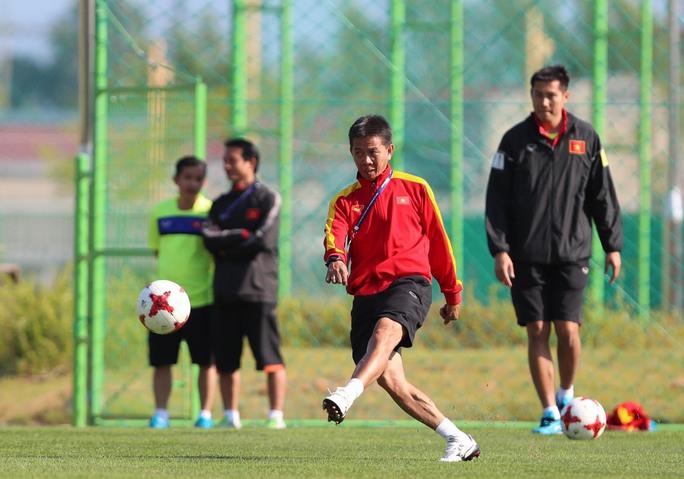 HLV Hoàng Anh Tuấn không lên tuyển U23 - Ảnh 1.
