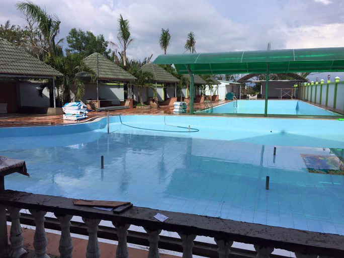 Trẻ chết đuối khi học bơi, hồ bơi Thủy Mộc vắng khách - Ảnh 1.