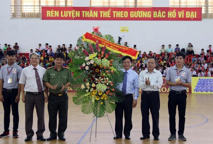 TP HCM thắng trận ngày ra quân - Ảnh 1.