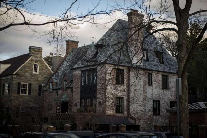 Ông bà Obama mua nhà 8,1 triệu USD - Ảnh 1.