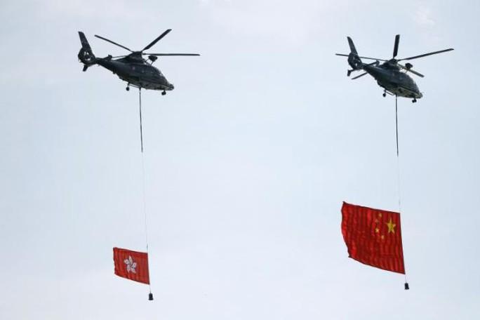 Hồng Kông có lãnh đạo mới, ông Tập cảnh báo cứng rắn - Ảnh 4.