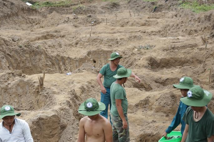 Tìm thấy 42 hài cốt liệt sĩ trong KCN ở Bình Dương - Ảnh 1.