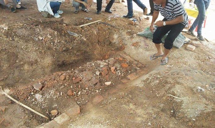 Tìm thấy huyệt mộ vợ vua Tự Đức - Ảnh 2.