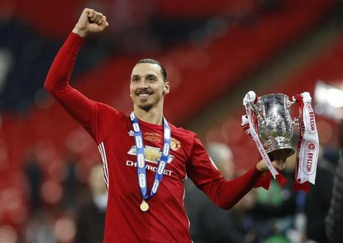 Fan Quỷ đỏ háo hức chờ Ibrahimovic trở lại - Ảnh 4.