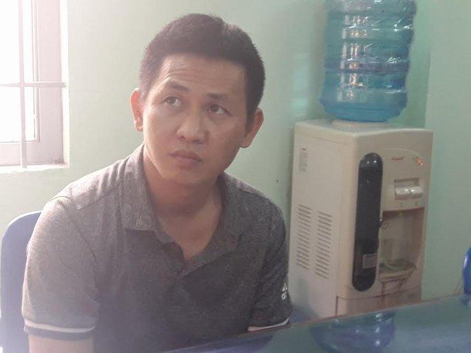 Nguyễn Hoài Nam tại trụ sở công an