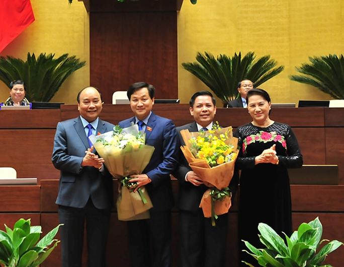 Thủ tướng và Chủ tịch QH chúc mừng tân Bộ trưởng GTVT, Tổng Thanh tra - Ảnh 3.