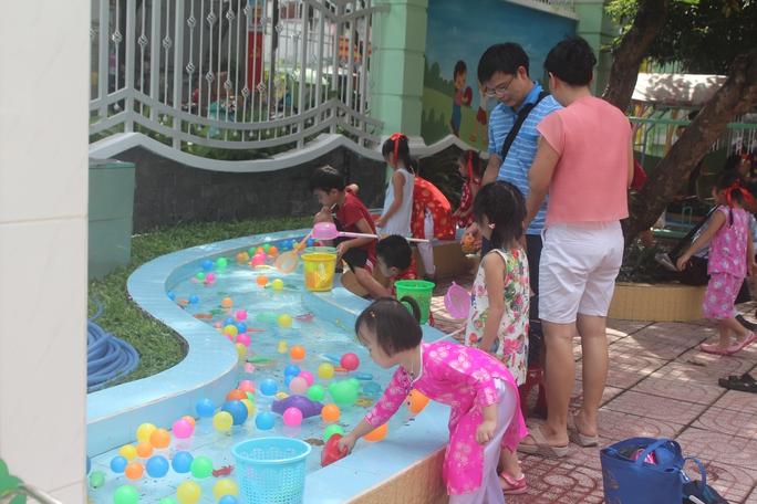 TP HCM: Quận Tân Phú công bố kế hoạch tuyển sinh đầu cấp - Ảnh 1.
