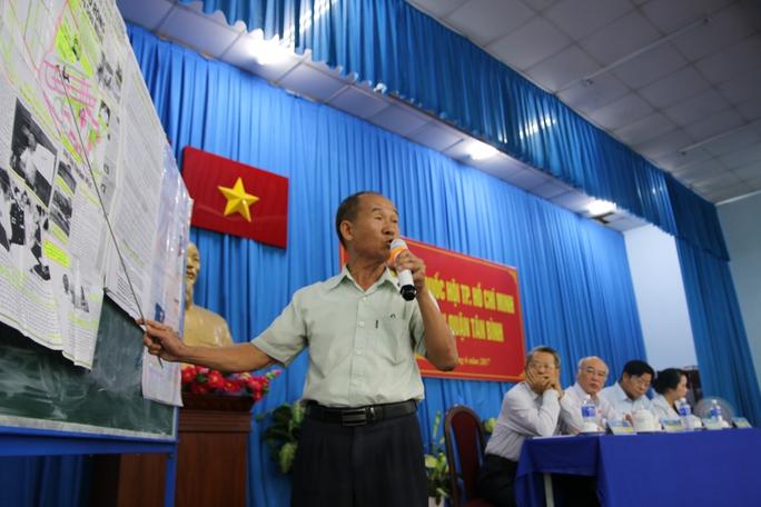Cử tri nhập vai xe ôm vào sân golf Tân Sơn Nhất tìm chứng cứ - Ảnh 2.
