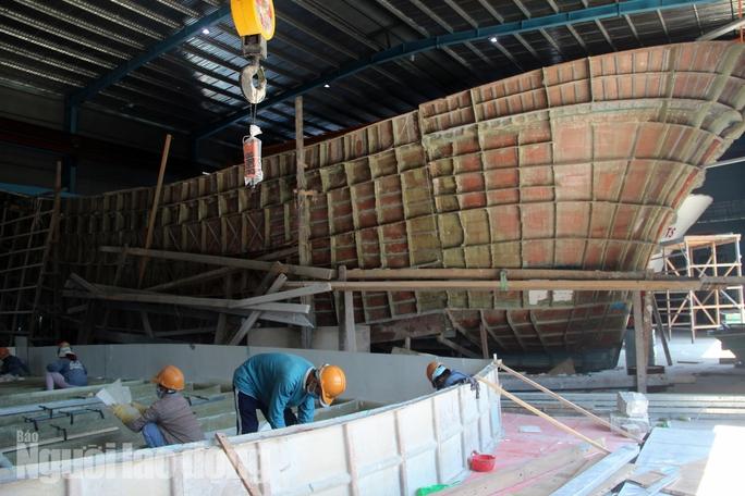 Đột kích 1 nhà máy đóng tàu composite lớn nhất nước - Ảnh 9.