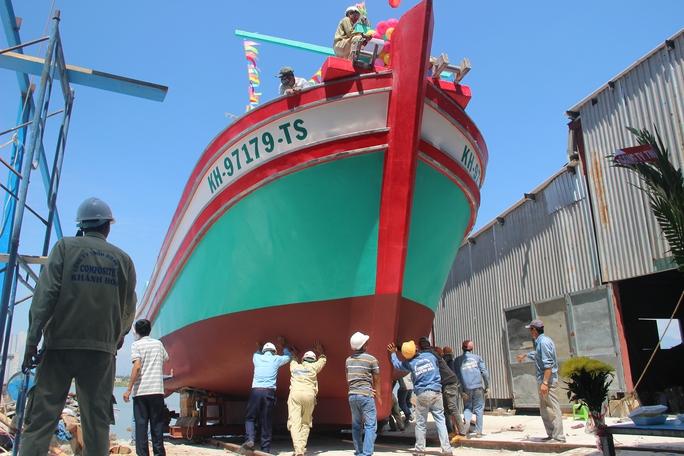 Nghiệp đoàn nghề cá hạ thủy tàu Trường Sa 05 - Ảnh 1.