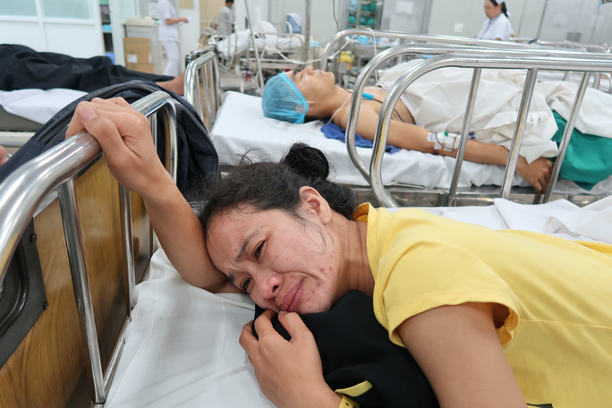 Xe khách Ninh Thuận gặp nạn ở Đồng Nai - Ảnh 2.