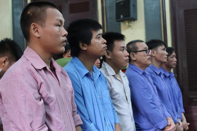 Vì hối cải, gia đình đàn em Năm Cam được giảm án - Ảnh 2.