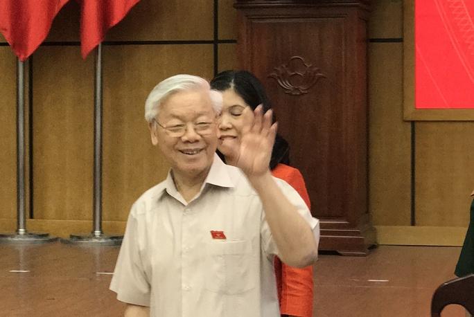 Cử tri băn khoăn với Tổng Bí thư việc kỷ luật ông Đinh La Thăng - Ảnh 1.