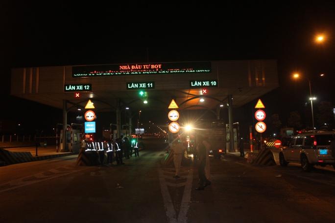 Tai nạn xảy ra tại khu vực gác chắn trạm thu phí cầu Đồng Nai