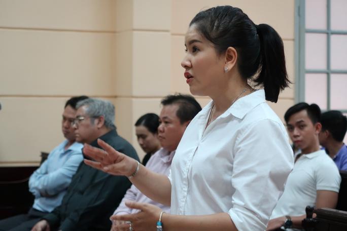 Thua kiện Ngọc Trinh, Nhà hát Kịch TP HCM kháng cáo - Ảnh 1.