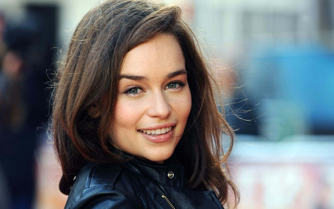 Emilia Clarke xinh đẹp và cuốn hút