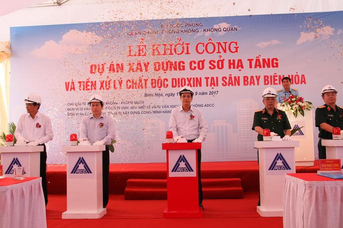 Khởi động dự án xử lý dioxin tại sân bay Biên Hòa - Ảnh 1.