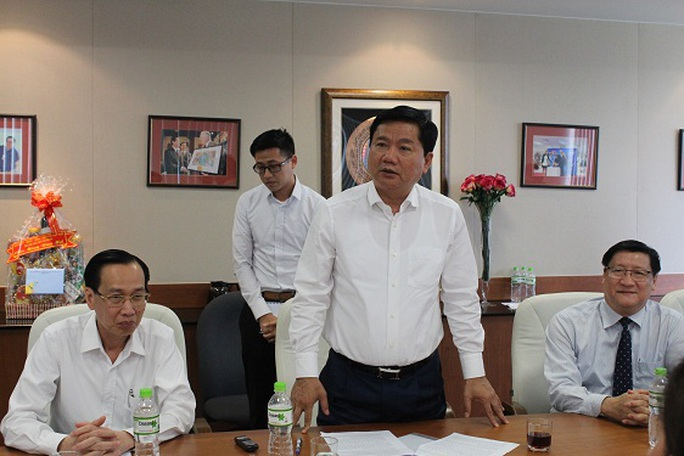 Bí thư Đinh La Thăng phát biểu tại buổi làm việc với Intel Việt Nam