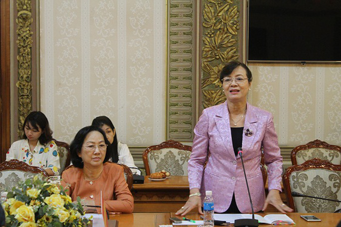 Chủ tịch HĐND TP HCM phát biểu tại buổi làm việc với Ban Đô thị HĐND TP HCM sáng 23-2