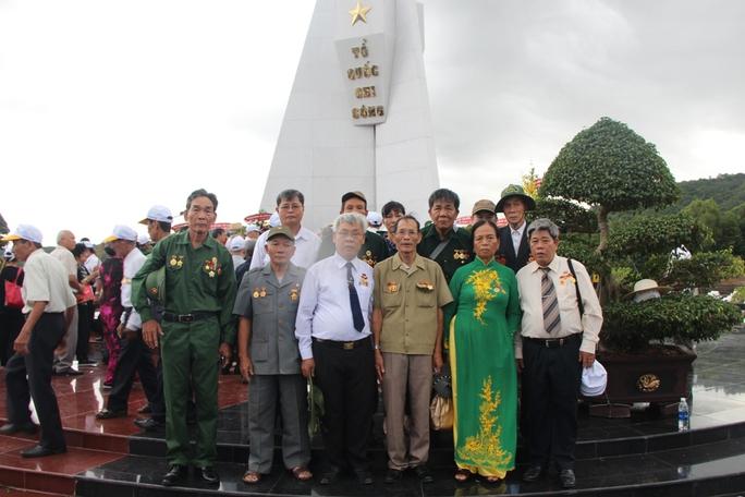 Hàng ngàn cựu tù binh xúc động khi trở lại Phú Quốc - Ảnh 7.