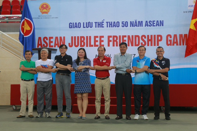 Xem các nhà ngoại giao ASEAN tỉ thí thể thao - Ảnh 8.