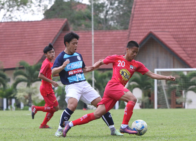 Trận Học viện HAGL Arsenal JMG đấu với U18 Mito Hollyhock chiều 1-4 Ảnh: Minh Trần
