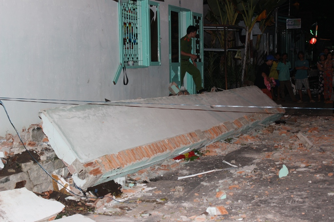 Đứa trẻ 3 tuổi trong vụ sập nhà tại Vũng Tàu đã tử vong - Ảnh 2.