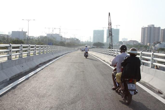 Thông xe nhánh N2 cầu Nguyễn Tri Phương - Ảnh 2.