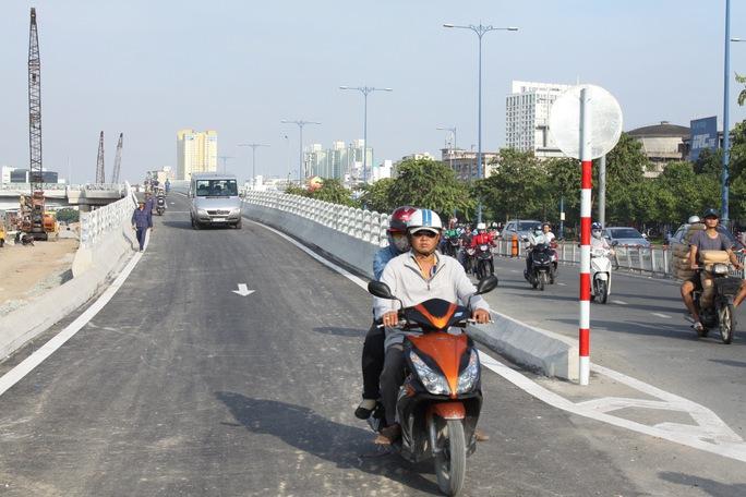 Thông xe nhánh N2 cầu Nguyễn Tri Phương - Ảnh 1.