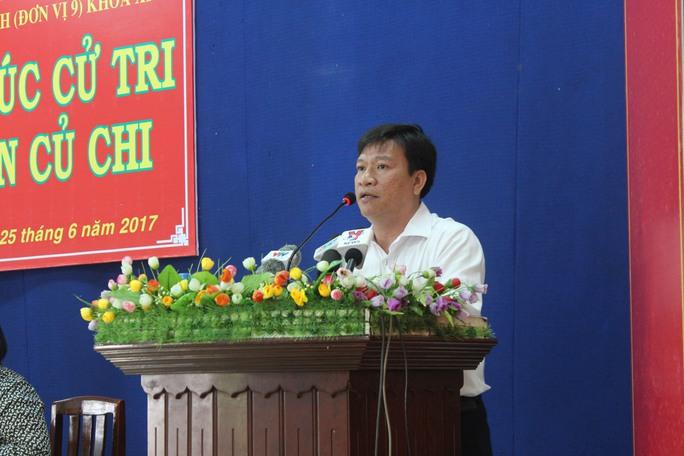 Cử tri thắc mắc việc xây sân Golf trong sân bay Tân Sơn Nhất - Ảnh 3.
