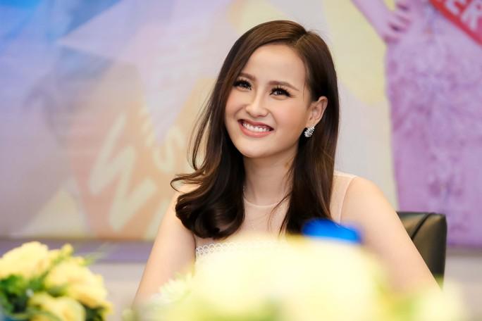"""Hoa hậu Khánh Ngân khẳng định không có """"đại gia"""" chống lưng - Ảnh 6."""