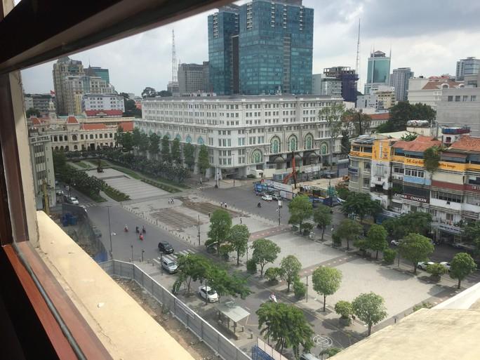 TP HCM: Cấm phương tiện vào đường Nguyễn Huệ theo giờ quy định - Ảnh 1.