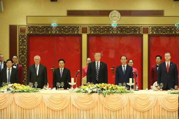 Tổng thống Donald Trump: Việt Nam là một trong những điều kỳ diệu của thế giới - Ảnh 6.