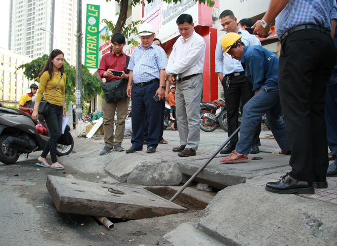 Siêu máy bơm chống ngập đường Nguyễn Hữu Cảnh lại vận hành - Ảnh 1.