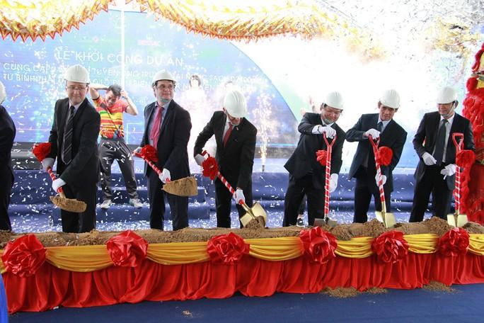 Thi công lắp đặt tuyến ống truyền nước sạch cho TP HCM - Ảnh 1.