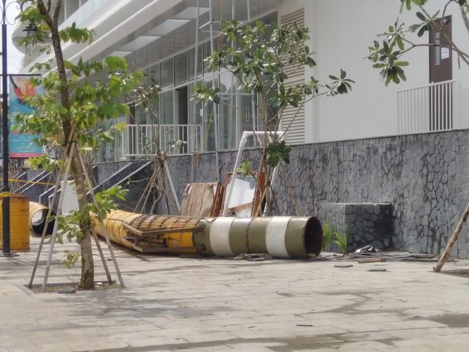 """Đang """"cắt ngọn"""" khách sạn 5 sao xây vi phạm ở Phú Quốc - Ảnh 2."""