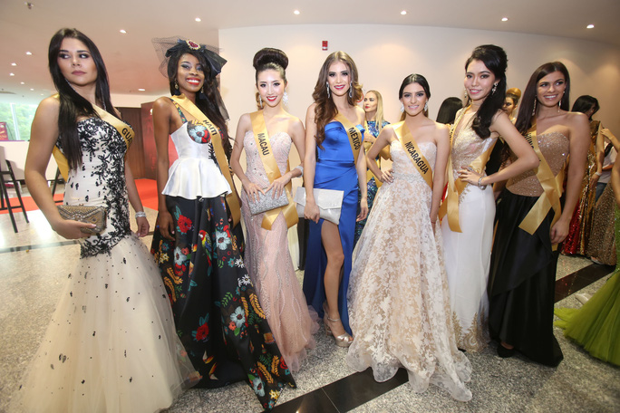 Màn chào sân ấn tượng của các thí sinh Miss Grand International 2017 - Ảnh 4.