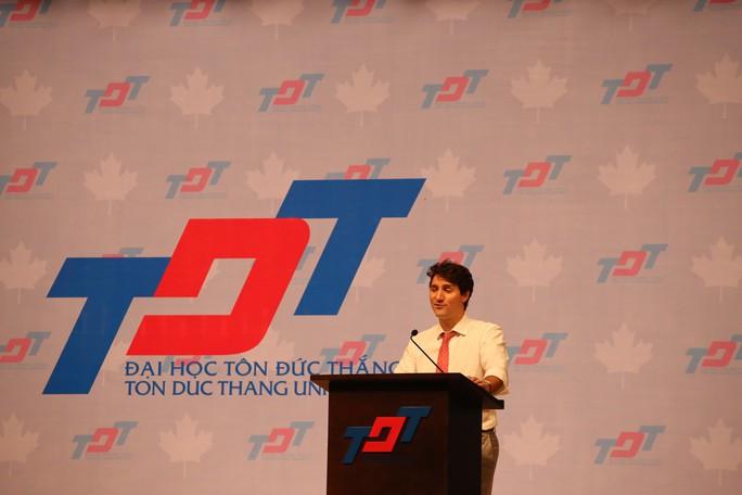 Thủ tướng Canada giao lưu với sinh viên TP HCM - Ảnh 6.
